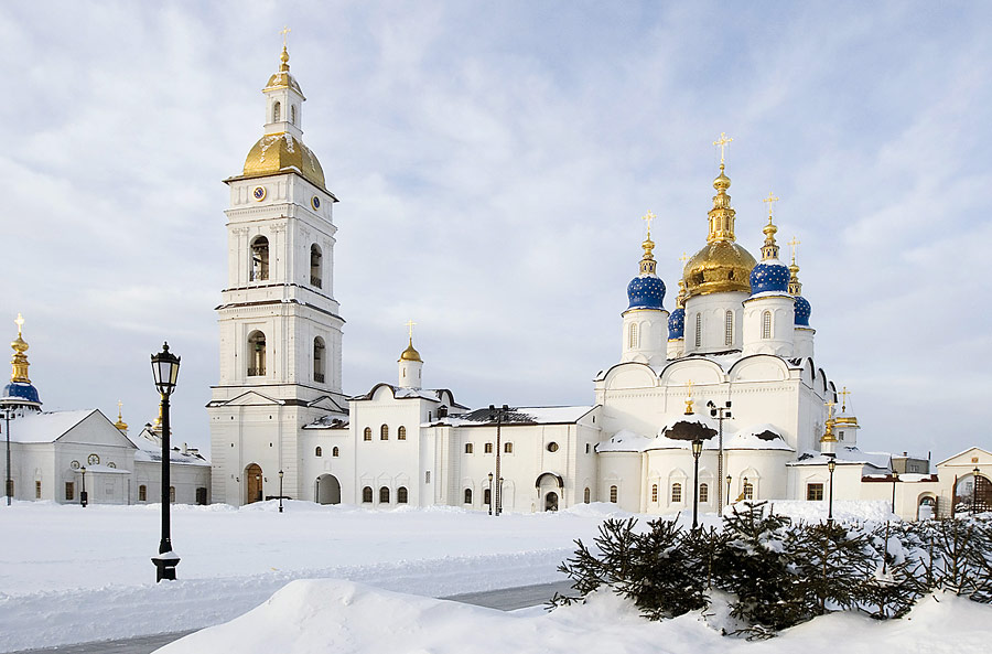 tobolsk-city-cathedral-winter-view